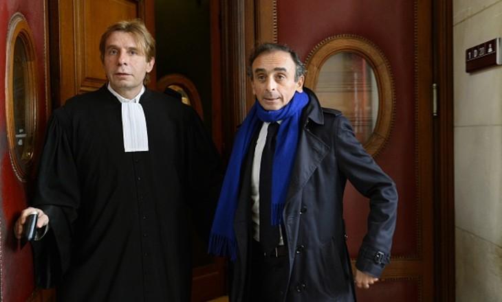 Antisémitisme: L'avocat d'Éric Zemmour menacé de mort «il défend les sales juifs, les youds, les youpins, nous, les arabes, on va venir à son cabinet, on va lui faire la guerre»