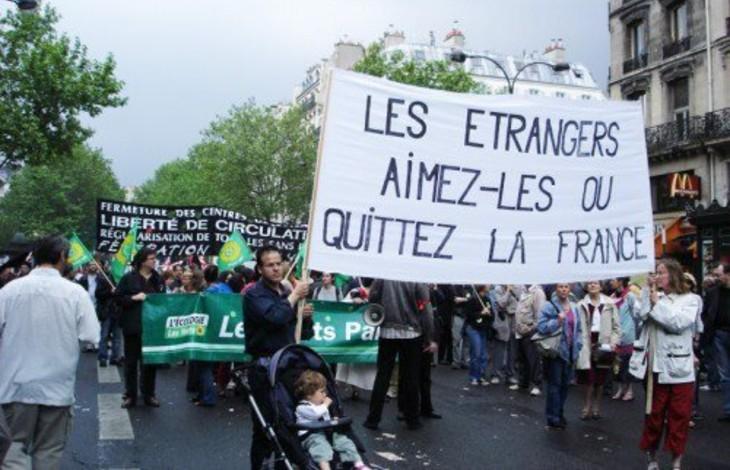 Quand les «anti-racistes» veulent mettre dehors les Français «Les étrangers aimez-les ou quittez la France»