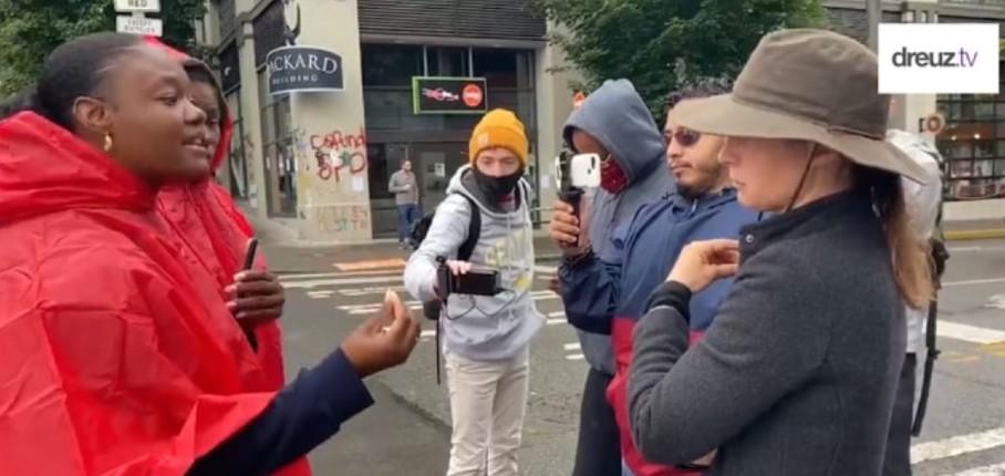 Trump raciste ? Une femme noire explique à une gauchiste blanche que les Démocrates sont les vrais racistes (Vidéo)
