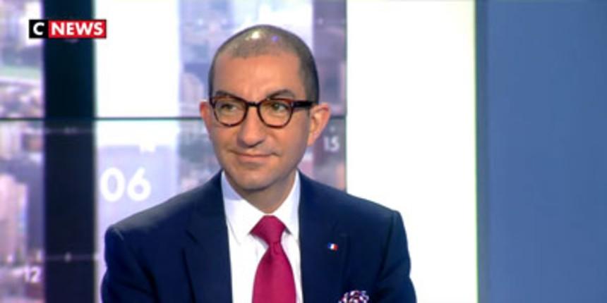 """[Vidéo] """"Il n'y a pas que le climat qui se maghrébise en France"""", ironise Jean Messiha sur CNews"""