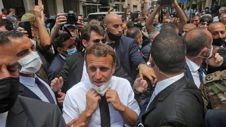Macron président du Liban ? Une pétition demande un placement du Liban sous mandat français pendant dix ans, «le peuple veut la chute du régime»