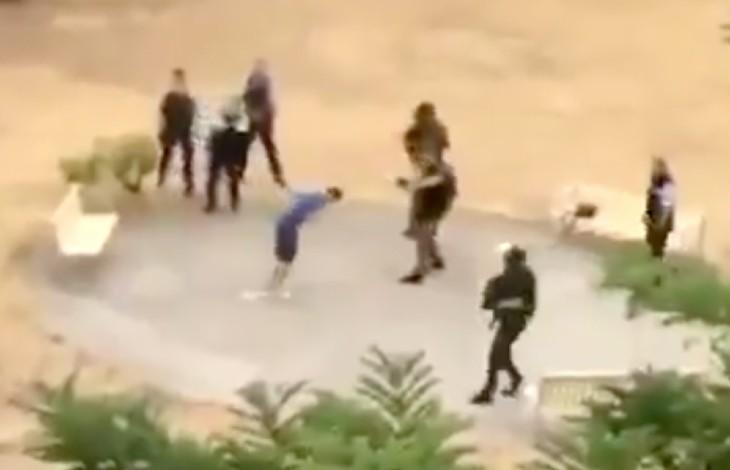 """Isère : interpellation d'un homme armé d'un couteau criant """"Allah Akbar"""" (Vidéo)"""
