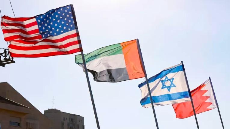 Journée historique: Israël entérine son entente avec les Emirats et Bahreïn à la Maison Blanche