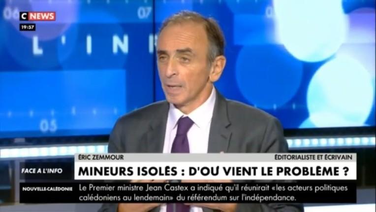 """Zemmour veut l'expulsion de tous les migrants """"mineurs isolés"""" : """"Chaque mineur étranger nous coûte 50.000€… Ils sont tous voleurs, violeurs, assassins !"""" (Vidéo)"""