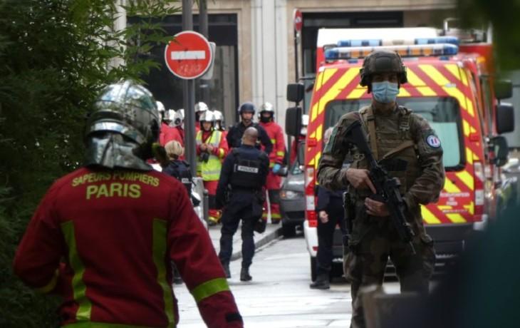 Attaque à Paris : le deuxième suspect, selon son avocate serait un «héros» alors qu'en réalité, il a cessé la poursuite après avoir été menacé par le terroriste