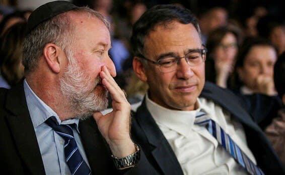 Israel : un enregistrement du conseiller juridique du Gouvernement, Mendleblit, blanchit Netanyahu et confirme le pire