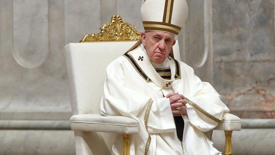 """Dans sa nouvelle encyclique """"inspirée par le grand imam du Caire"""", le pape François pourfend le """"repli sur soi"""" : """"Les migrants sont une bénédiction qui invitent les sociétés à grandir"""""""
