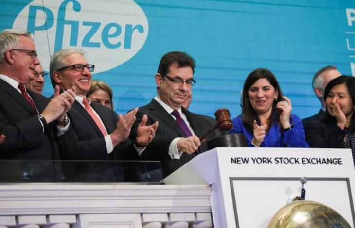 Le PDG de Pfizer : « Israël a fait un travail incroyable en menant la campagne de vaccination la plus réussie au monde »