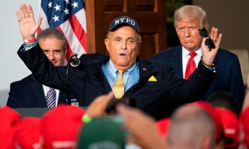 Rudy-Giuliani-and-Trump-Pennsylvanie