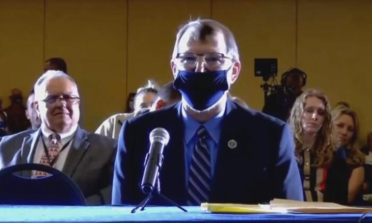 Waldron-Penn-State-Senate-Le colonel de l'armée à la retraite Phil Waldron