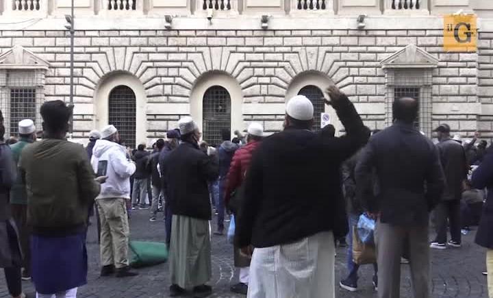 manif anti-française musulman en italie