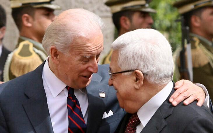 Les Palestiniens saluent la fin de l'ère Trump et accueillent Biden