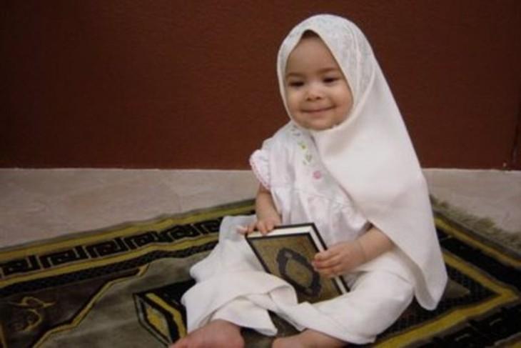 Fatiha Agag-Boudjahlat «En voilant les fillettes, les islamistes cherchent à les formater suffisamment tôt»