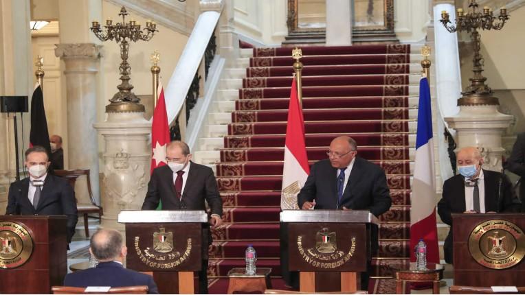 Israël rejette l'initiative ridicule concoctée par le Quai d'Orsay pour faire passer le plan de paix arabe… de 2002 !