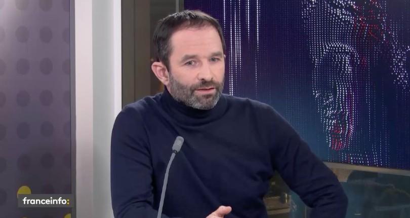 Sur France Info, média d'extrême gauche, le leader de l'islamo-gauchisme Benoit Hamon s'inquiète «Nous sommes dans une période pré-fascisme… c'est du Trumpisme» (Vidéo)