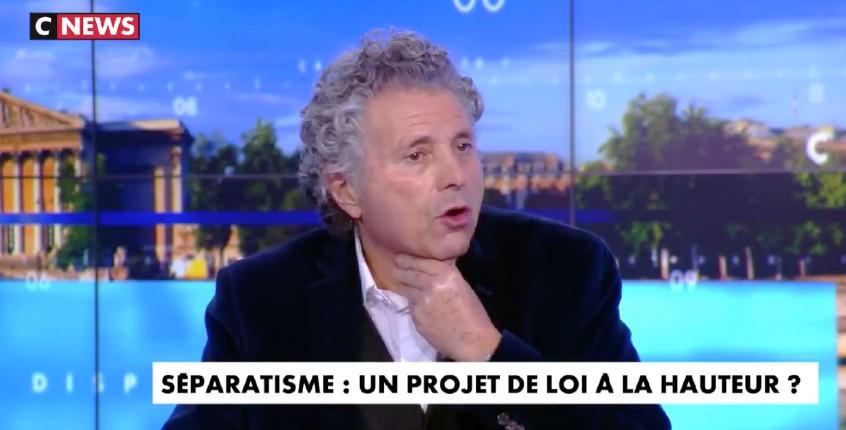 Goldnadel: «Quand Génération identitaire occupe le chantier d'une mosquée en construction ils sont poursuivis. Éric Coquerel occupe la basilique de Saint-Denis avec des migrants aucune poursuite judiciaire…» (Vidéo)