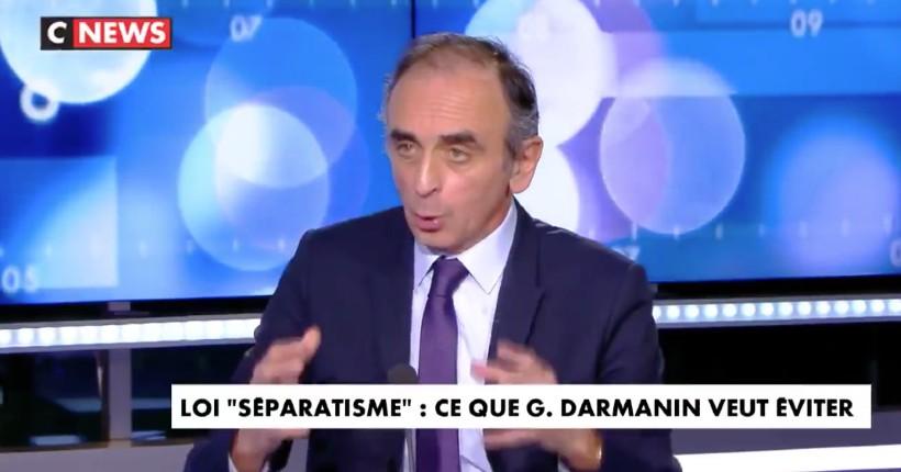 """Zemmour : """"L'État n'ose pas assumer que c'est l'islam qui pose problème, pas les autres religions… Quand Macron disait """"le virus n'a pas de passeport"""", il s'est bien fichu de nous"""" (Vidéo)"""
