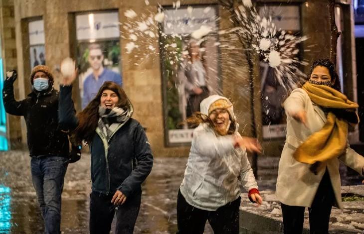Israël: tempête de neige à Jérusalem, transformant la ville sainte en ville blanche