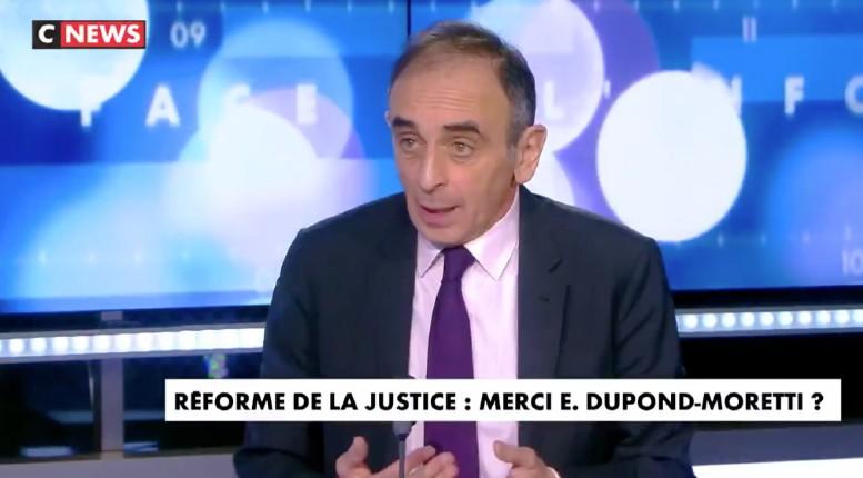 """Zemmour appelle à """"expulser les délinquants étrangers et multiplier les cas de déchéance de nationalité» (Vidéo)"""