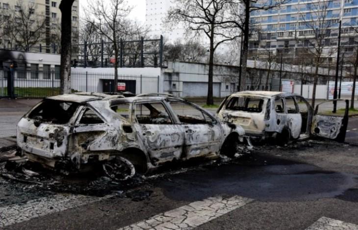 voitures brulées Lyon