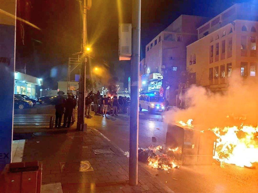 Un député arabe fier des émeutiers de Yaffo (Tel-Aviv) après que des arabes aient agressé violemment un rabbin