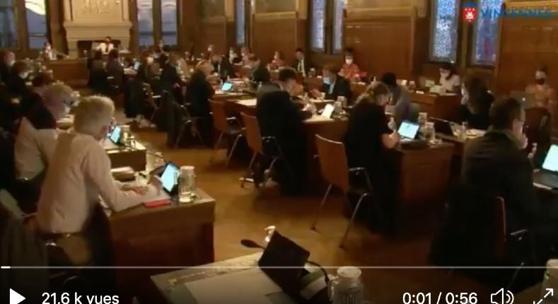 A Vincennes, les ayatollahs Ecolos touchent le fond en refusant de subventionner la pratique de la voile «jugée polluante»… éclats de rire dans la salle (Vidéo)