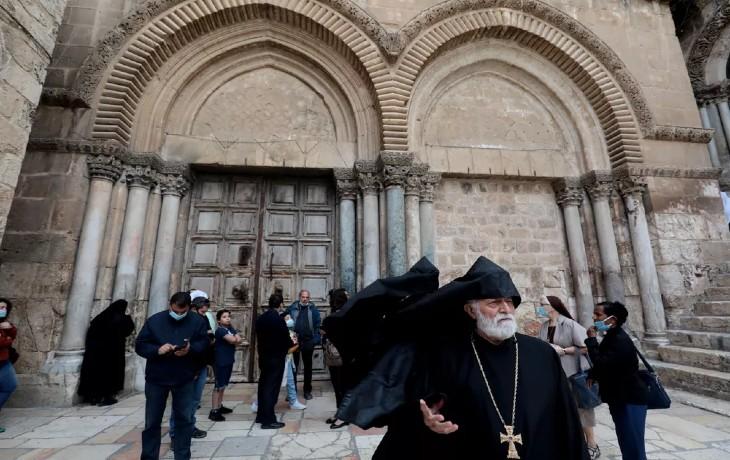Israël: Les chrétiens célèbrent le Vendredi saint à Jérusalem, l'église du Saint-Sépulcre est ouverte (Vidéo)
