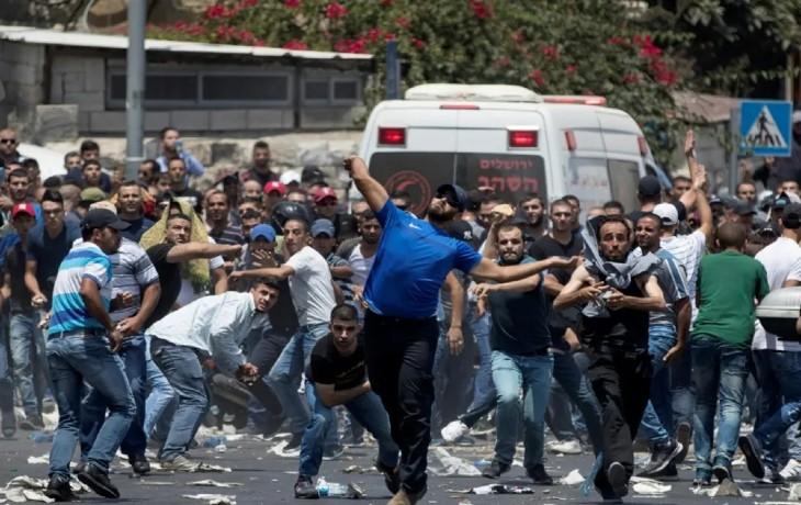 Emeutes islamistes pour le ramadan à Jérusalem: énorme propagande évoquant «des centaines de blessé», l'UNICEF invente «29 enfants blessés», les hôpitaux de Jérusalem n'ont recensé qu'une vingtaine de blessés…. et aucun enfant n'est présent chez les émeutiers islamistes (Vidéo)