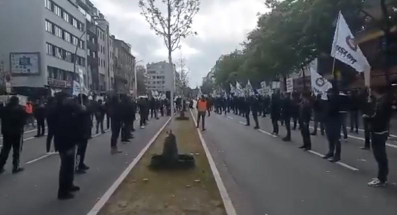 Allemagne: manifestation des SS islamistes antisémites en plein coeur d'Hambourg aux cris de «mort à Israël». Les migrants islamistes importent leur haine antisémite !  (Vidéo)