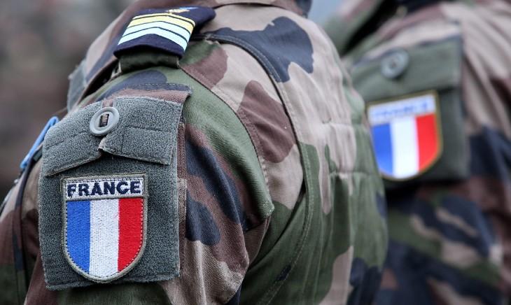 Tribune des militaires : nouvelle lettre ouverte des 6 généraux convoqués, le gouvernement veut les faire taire, ils ne se tairont pas