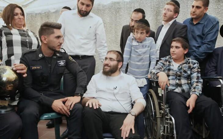 Tragédie du mont Meron: un père rescapé remercie l'officier arabe israélien qui a sauvé son fils «Tu as sauvé mon enfant, tu as sauvé le monde»