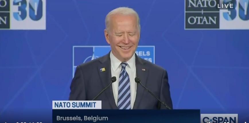 USA: Joe Biden perd la tête. Il confond trois fois la Libye et la Syrie. Il est incapable de répondre sur sa prochaine rencontre avec Vladimir Poutine (Vidéo)