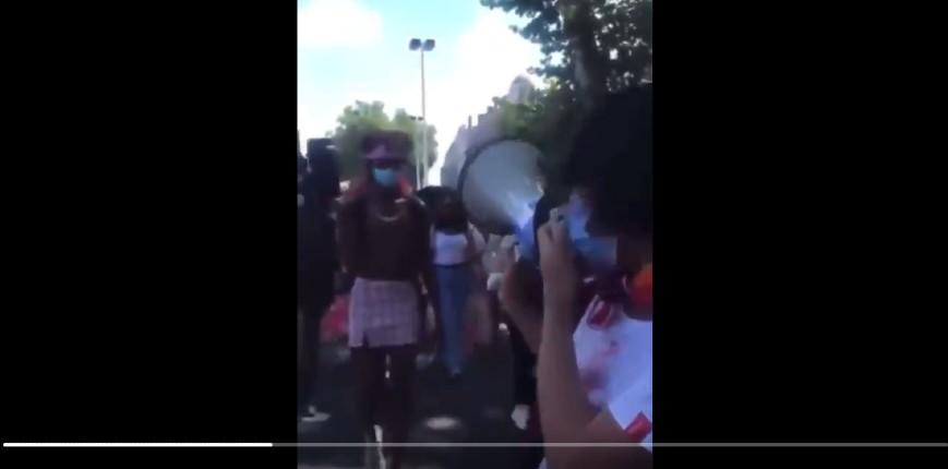 Lors de la manif LGBT gauchiste à Lyon, les organisateurs demandent «aux blancs d'aller derrière»… (Vidéo)