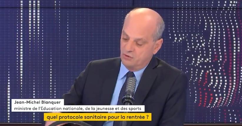 Macron instaure l'apartheid : Jean-Michel Blanquer «ce seront les élèves non-vaccinés qui seront évincés mais pas les élèves vaccinés.»… aucune réaction de l'opposition et des journalistes (Vidéo)
