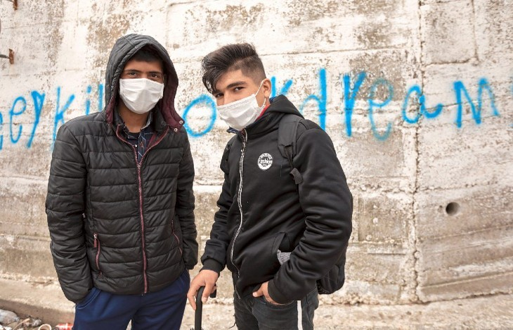 Déboutés en Suède pour avoir menti sur leur âge ou la raison de leur demande d'asile, des migrants afghans tentent leur chance en France