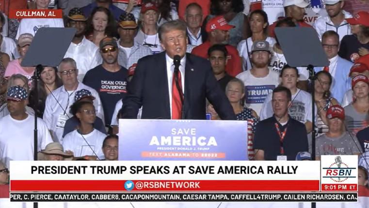 """Gigantesque rallye de Trump en Alabama au cri de «USA ! USA !» : """"Nous allons virer Biden et redonner sa grandeur à l'Amérique."""" (Vidéo)"""