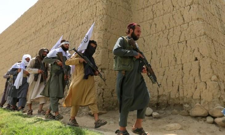 Les Afghans, qui adhèrent à un islam archaïque où violence et machisme dominent, arrivent en Europe : Les médias et la gauche veulent en accueillir le plus possible, malgré un gros choc des cultures en vue