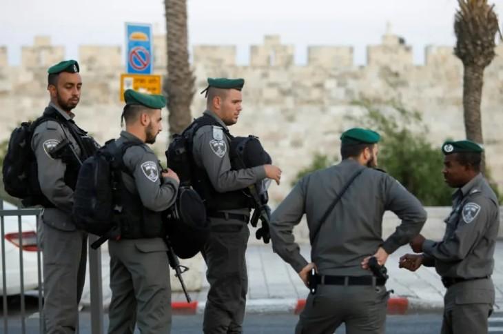 Jérusalem: tentative d'attaque au couteau dans la vieille ville contre des policiers, la terroriste neutralisée. Aucun blessé