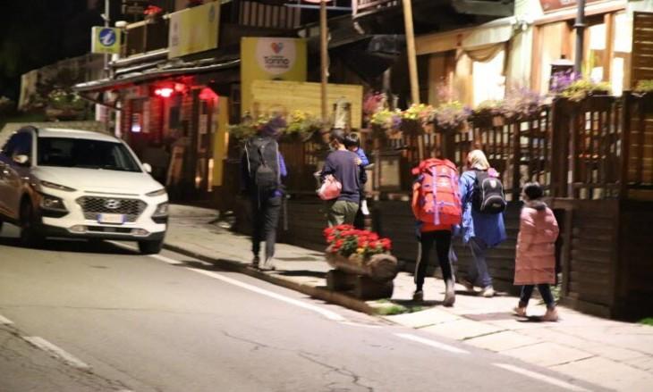 Dans les Alpes, les Afghans sont déjà sur les routes, franchissant illégalement la frontière franco-italienne et entrant clandestinement en France