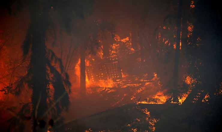 Jerusalem hills fire threatened to consume mountainside villages (one Jewish, one Arab)