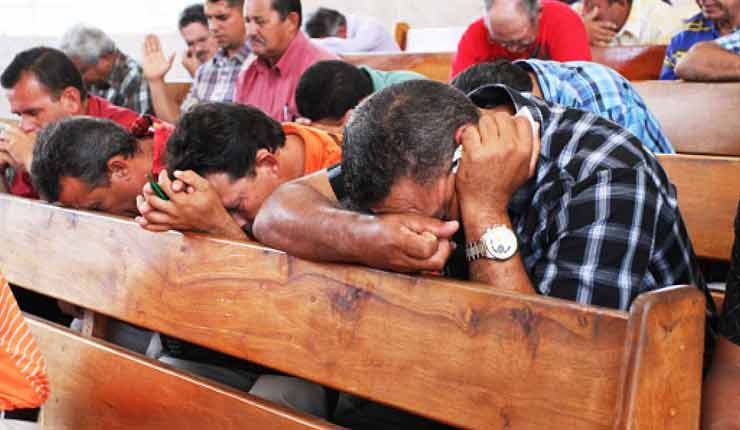 """The Crescent Must be Above the Cross"" Muslim Persecution of Christians"