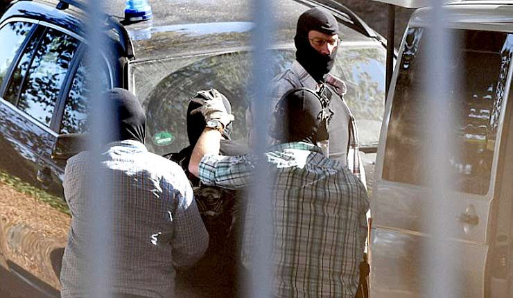 "BREAKING 16 suspected ISIS jihadis ""plotting terror attacks"" arrested in 54 German raids"