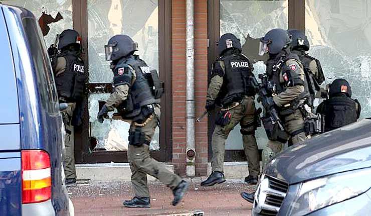 German Intelligence Warns of Massive Increase in Islamist Threats