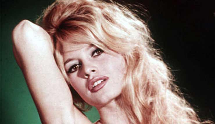 "Marine Le Pen: ""France Isn't Burkinis on the Beach, France is Brigitte Bardot"""