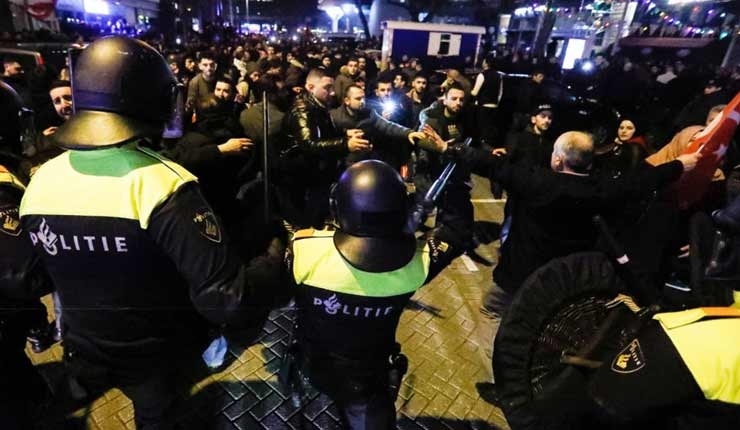 Dutch riot police break up Turkish protest in Rotterdam